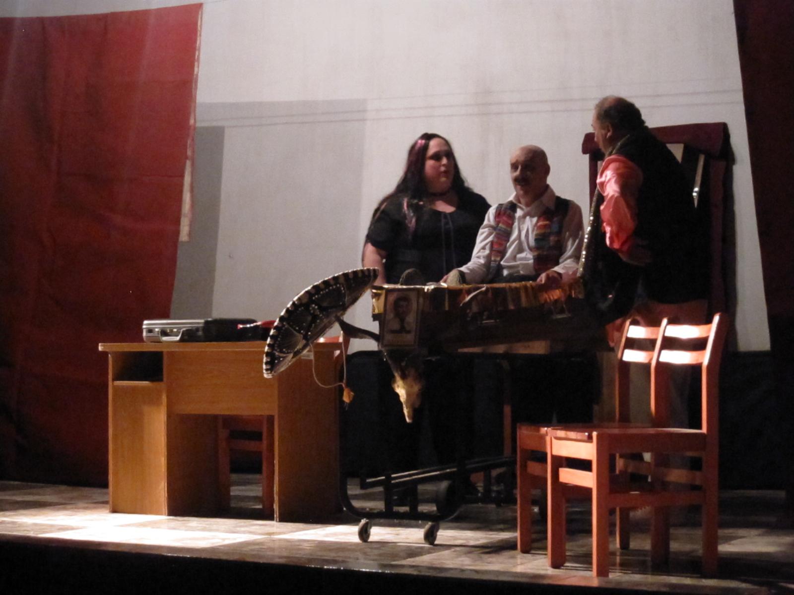 """Grupo teatral minuano """"De acá nomás"""" bajo la dirección de Eduardo Cotto"""